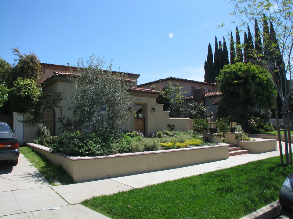Front yard landscaping southern california pdf for Southern california landscaping ideas