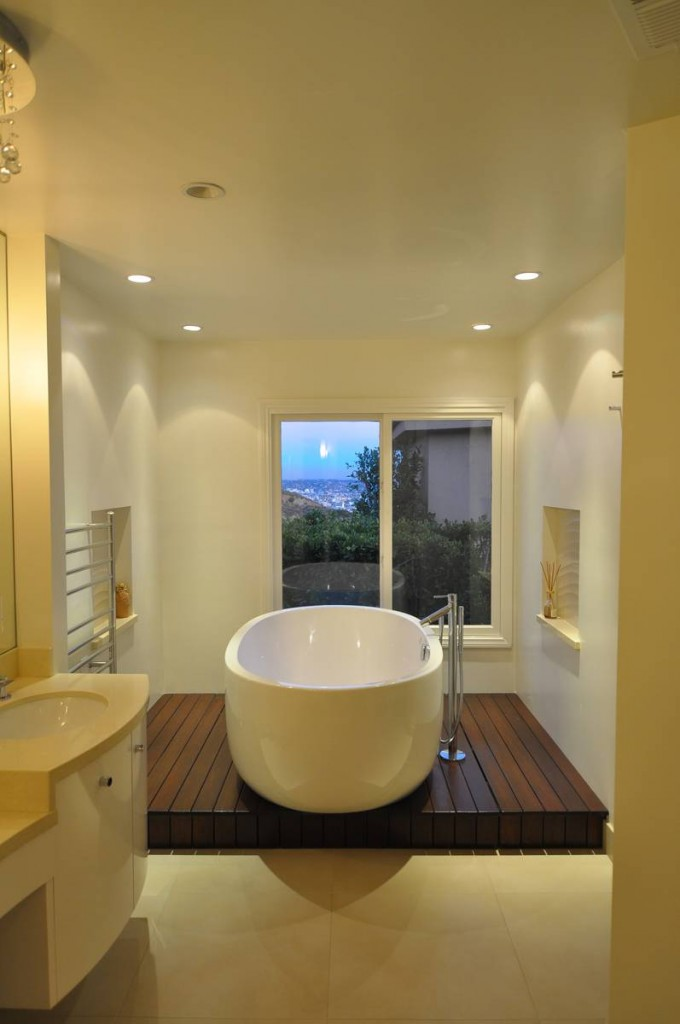 Mount Olympus Los Angeles Contemporary Bathroom And