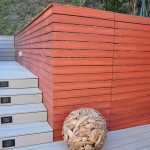 Deck made of trex and redwood material